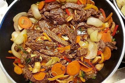 Geschnetzeltes mit Sweet-Paprika, Champignons und Möhre 1