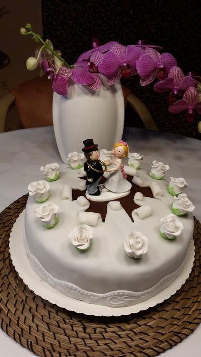 Hochzeitstorte Von Kuchenhexe87 Chefkoch De