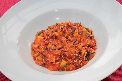 Veganer Paprika-Zucchini-Reis mit Sesam