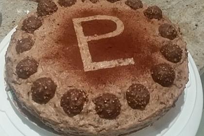 Rocher Torte mit Nutella und Haselnüssen