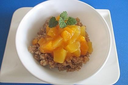 Quinoapudding mit Mandelmilch und Mango