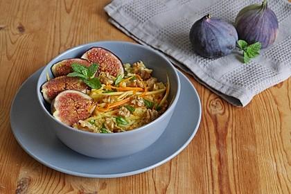Couscous-Salat mit Feigen, Möhren und Pastinaken