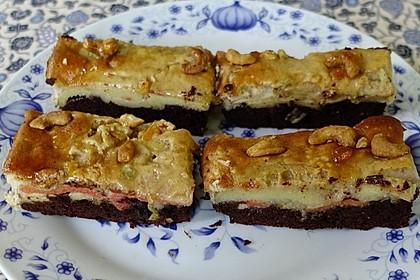 """Exotischer Granatapfel-Jacobsfrucht Kuchen """"Mimpi-Cakra"""""""