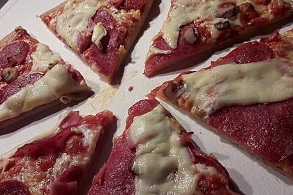 Pizza mit Knoblauchwurst - Sucuklu Pizza 1