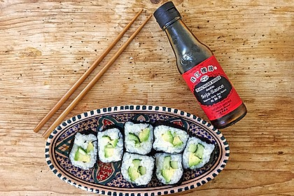 Gerollte Sushi (Makizushi)