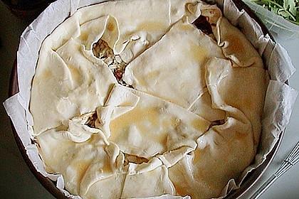 Blätterteig - Pie mit Hackfleisch - Spinat Füllung 22