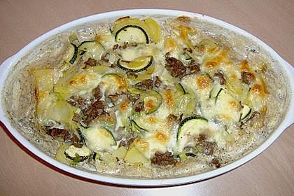Kartoffel - Zucchini - Porree - Auflauf mit Hack 9