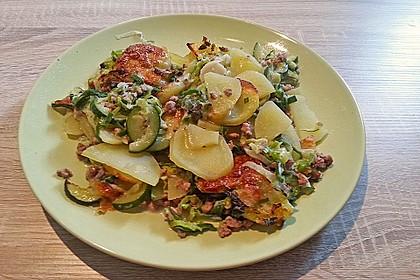 Kartoffel - Zucchini - Porree - Auflauf mit Hack 2