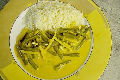 Rindfleisch in Kokosmilch mit rotem Curry 6