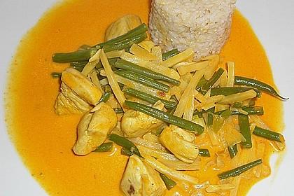 Rindfleisch in Kokosmilch mit rotem Curry 2