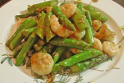 Garnelen mit grünem Spargel und Austernsauce 19