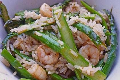 Garnelen mit grünem Spargel und Austernsauce 17