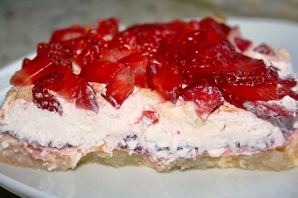 Erdbeer Loffelbiskuit Nachtisch