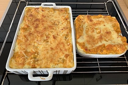 Kürbis-Lasagne mit Tomaten (Bild)