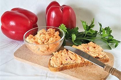 Frischkäseaufstrich mit Ajvar