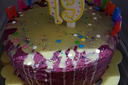 Smarties-Pinata-Torte mit unechtem geschmolzenem Eis 2