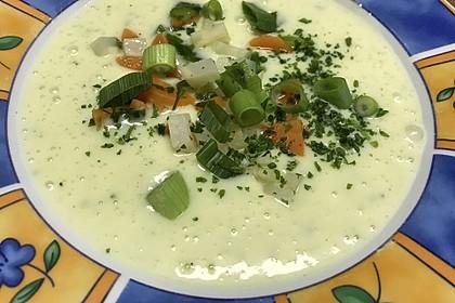 Kartoffelsuppe mit Gemüseeinlage 5