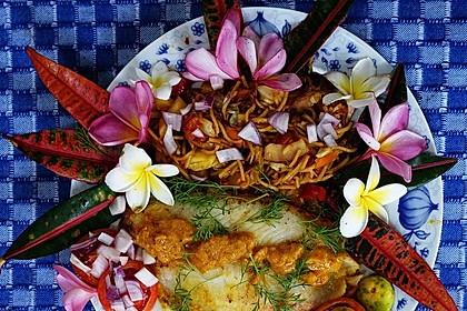 Mie Goreng Istimewa dengan Ikan Dori - Doradenfilet in würzig-scharfer Sauce mit gebratenen Nudeln