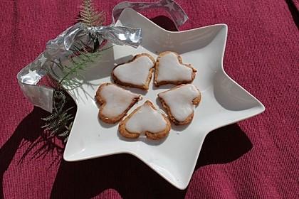 Festliche Ausstechplätzchen mit Kokosmilchglasur 3