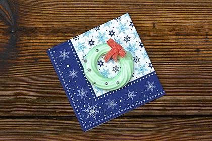 Baiser-Weihnachtskranz