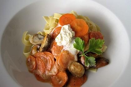 Spätzle mit Champignon-Rahm-Sauce 9