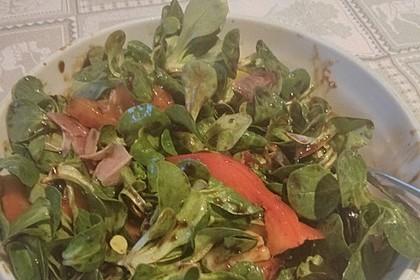 Feldsalat mit Kartoffeln und Tomaten