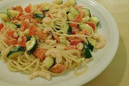 Spaghetti mit Frischkäse-Garnelen-Soße 5