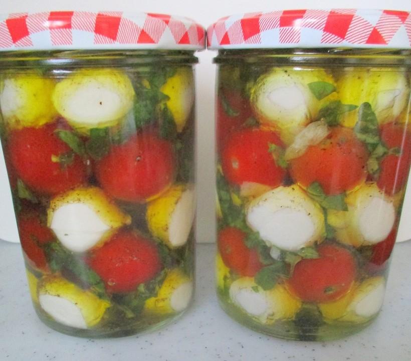 Caprese im Olivenöl - Geschenk aus der Küche von movostu | Chefkoch