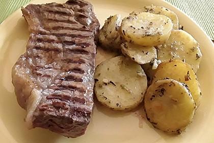 Knusprige Kräuter-Knoblauch-Kartoffeln 2