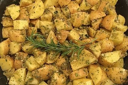 Knusprige Kräuter-Knoblauch-Kartoffeln
