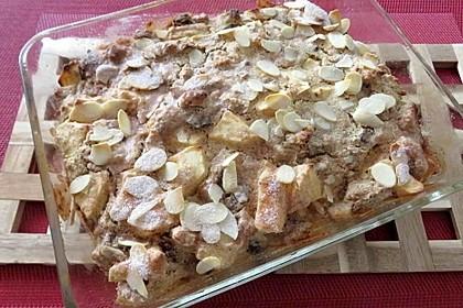 Süßer Hammerauflauf mit altem Brot und Äpfeln 2