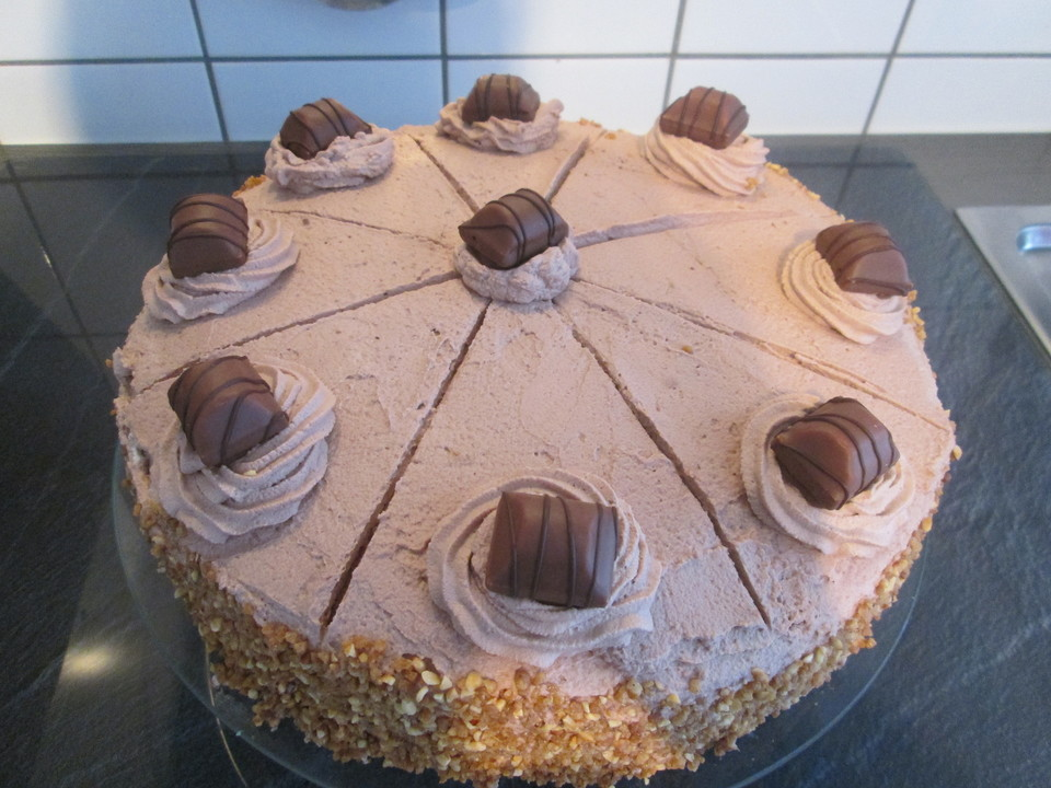 Einfache Bueno Torte Von Cateb Chefkoch De