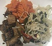 Gebratenes Hähnchen mit Sesam, Honig und Pak Choi (Bild)