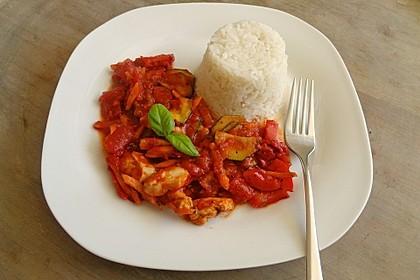 Low-Carb Zucchini-Paprika-Hähnchen-Pfanne 9