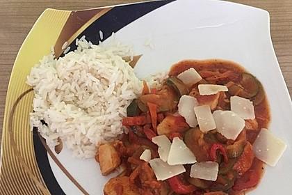 Low-Carb Zucchini-Paprika-Hähnchen-Pfanne