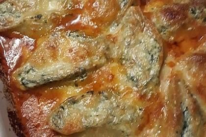 Muschelnudeln mit Spinat und Tomatensoße 2
