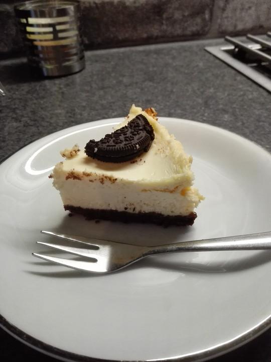 Cremiger Frischer Cheesecake Mit Schoko Keksboden Von Jajaso