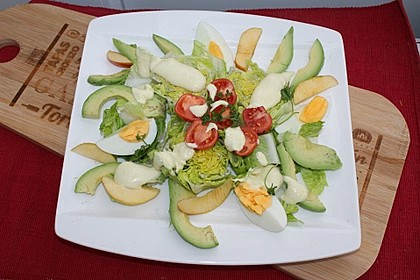 Avocadosalat mit Apfel