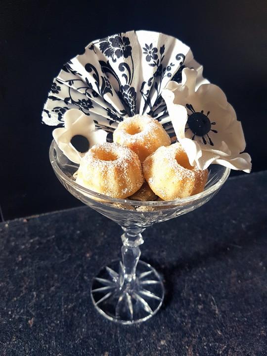 Zitronen Joghurt Mini Gugelhupf Von Sardegna92 Chefkoch De