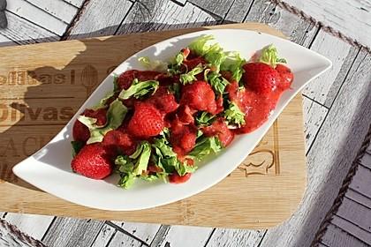 Endivien-Erdbeer-Salat à la Gabi (Bild)