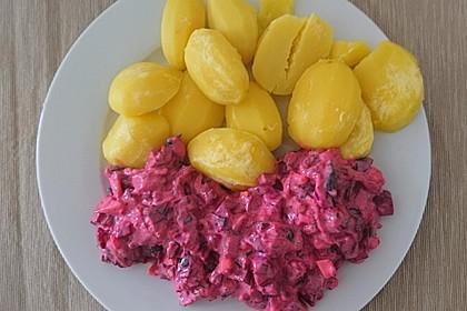 Veganer Heringssalat mit Salzkartoffeln