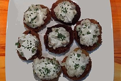 Sahnehering auf Kartoffeltaler 1