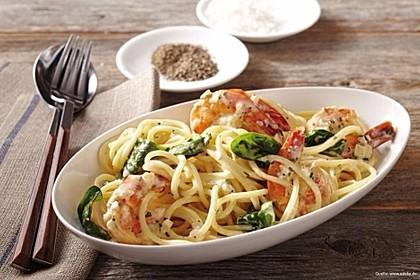 Spaghetti mit Scampi und Spinat