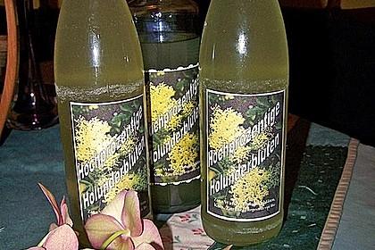 Hochprozentige Holunderblüten (Bild)