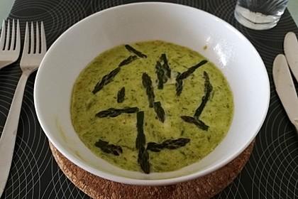 Pikanter Flan mit grünem Spargel (Bild)