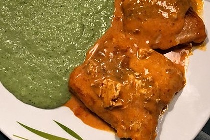 Lachs in Curry-Kokos-Soße mit Brokkolipüree 15