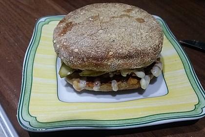 Feuriger Toast-Hamburger (Bild)