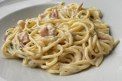 Spaghetti in Schinken-Sahne-Soße 1