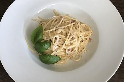 Spaghetti in Schinken-Sahne-Soße 30