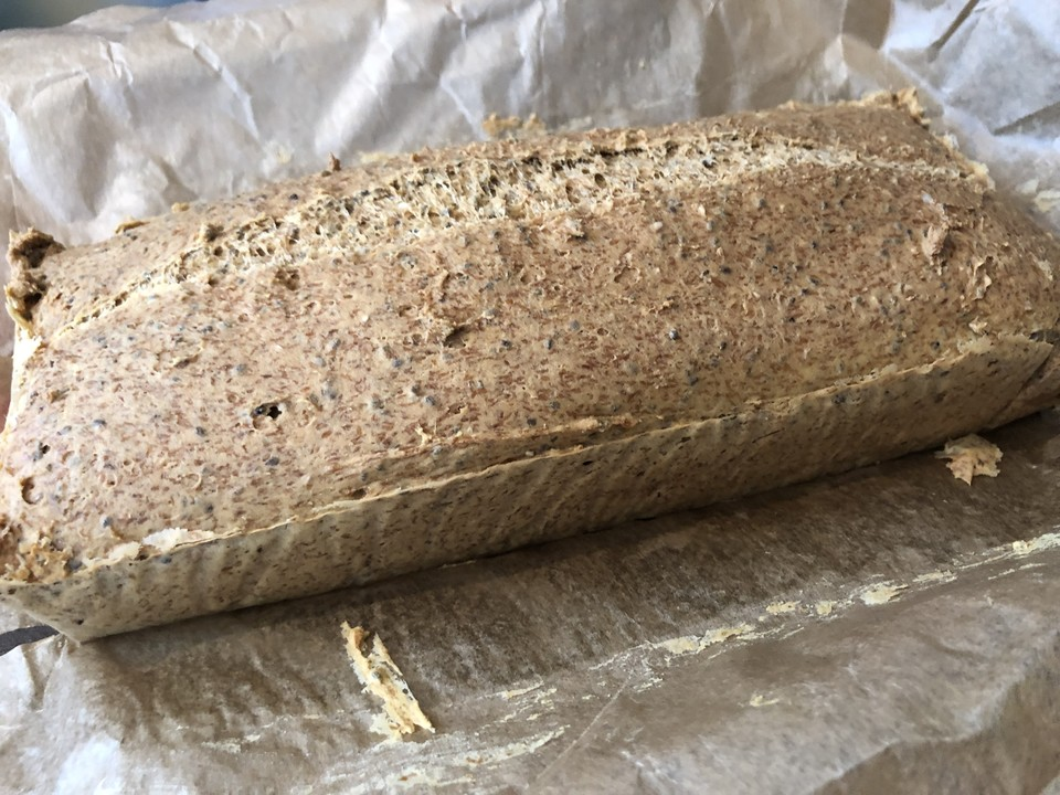 Low Carb Brot Mit Sojamehl Und Flohsamenschalen Von Angiebc